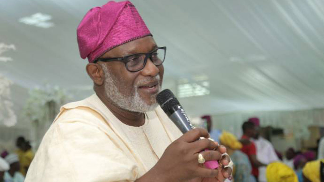 Akeredolu swears-in 18 Commissioners, 11 Special Advisers