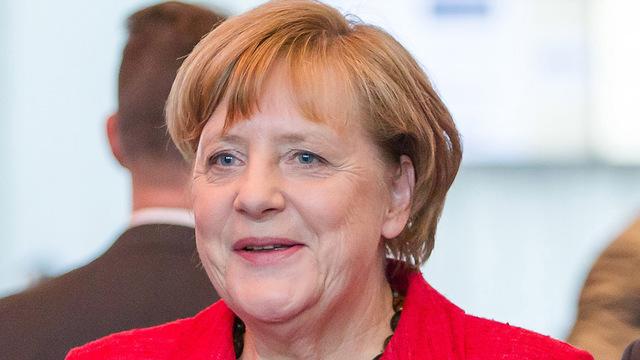 Germany: Voting underway in poll Merkel tipped to win