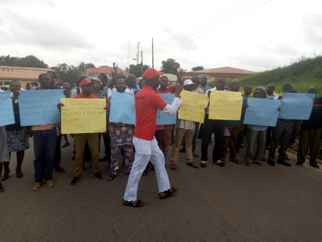 Industrial harmony: FMC, Owo doctors begin protests over unpaid N280m
