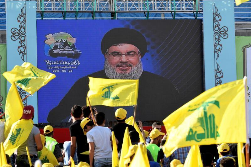 Hezbollah leader says he met Assad in Syria over Islamic State evacuation