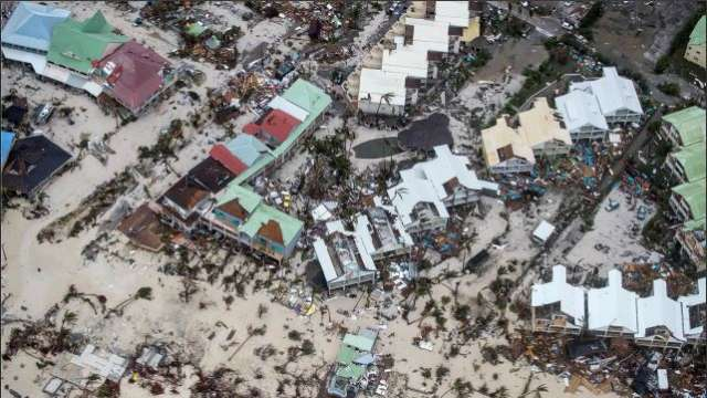 Hurricane Irma kills eight on Caribbean island of Saint Martin