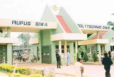Ondo Polytechnic students demand payment of lecturers' salaries