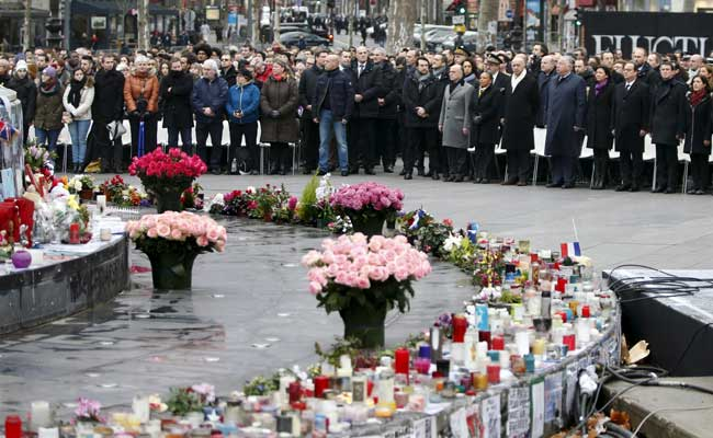 France pays tribute to victims of militant attacks