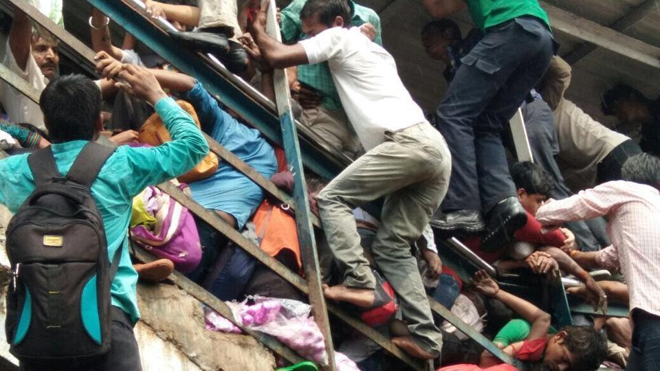 Railway rush hour stampede kills at least 12 in India's Mumbai