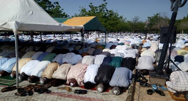 Three killed as car crashes into Eid-El-Kabir praying ground