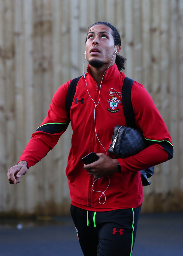 Virgil van Dijk back in Southampton training after Liverpool and Chelsea transfer speculation