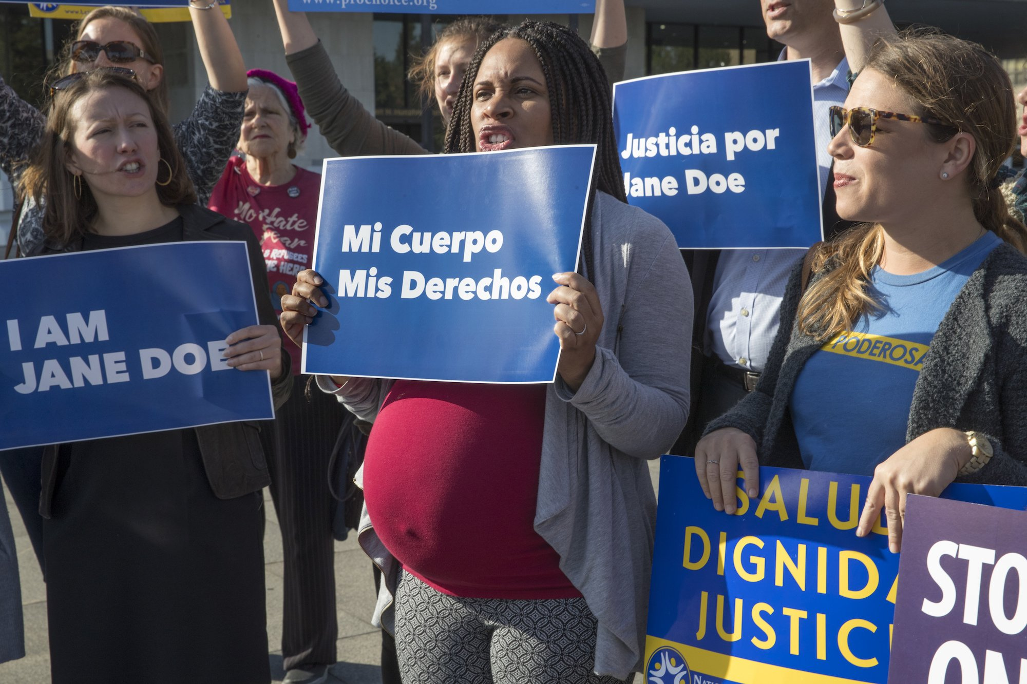 A 17-year-old immigrant fights to have an abortion