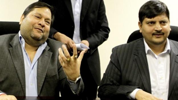 FBI opens investigation into U.S. links South Africa's Guptas