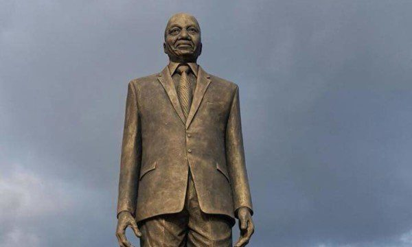 Okorocha unveils huge statue of S.A. President, Jacob Zuma in Owerri
