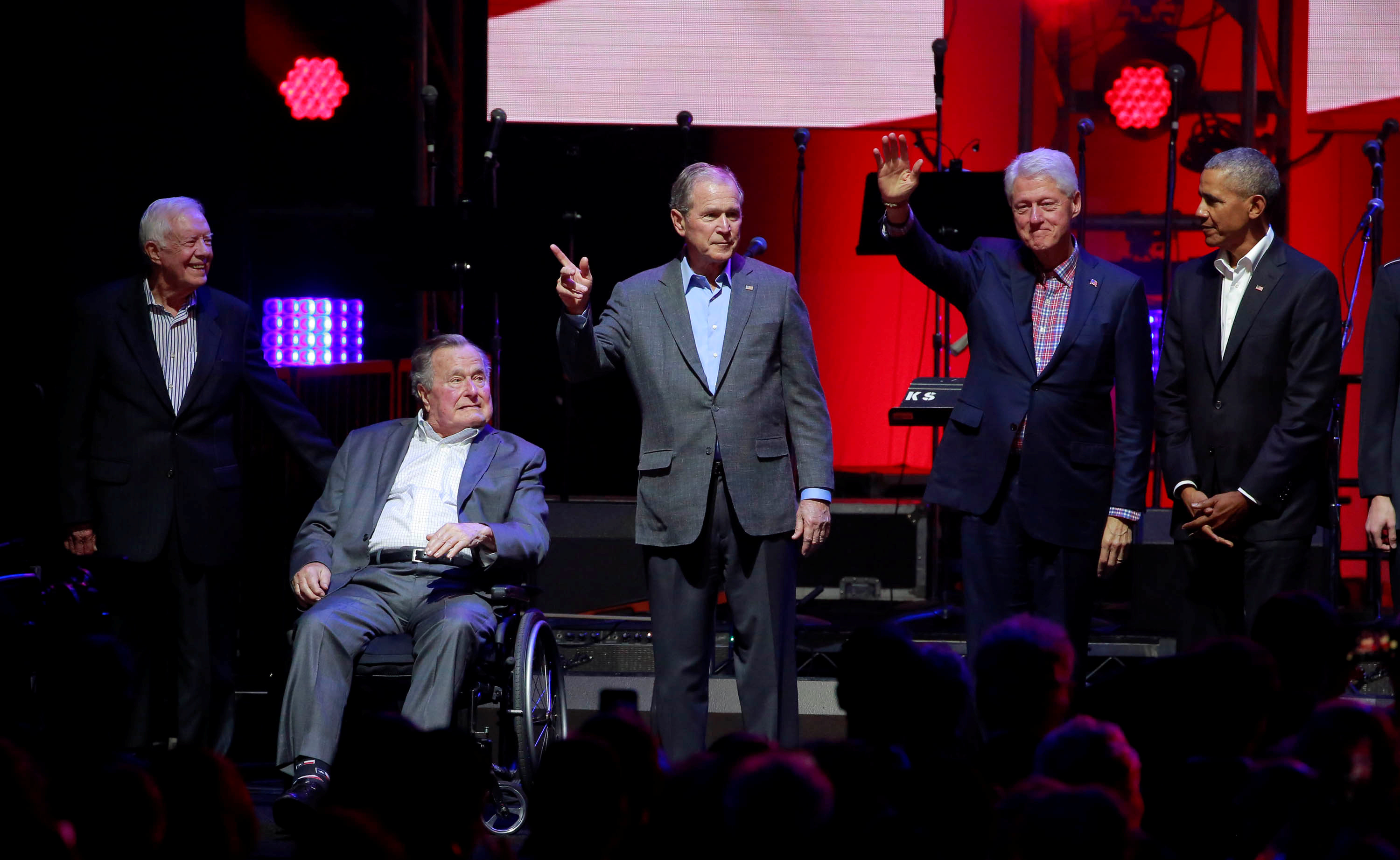 Hurricanes: Five former US Presidents attend Texas Concert