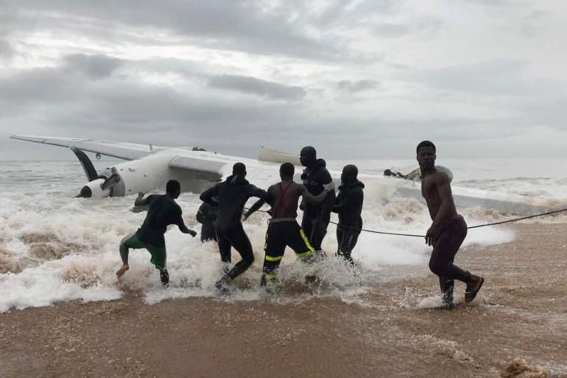 Four Moldovans killed as French army charter plane crashes in Ivory Coast