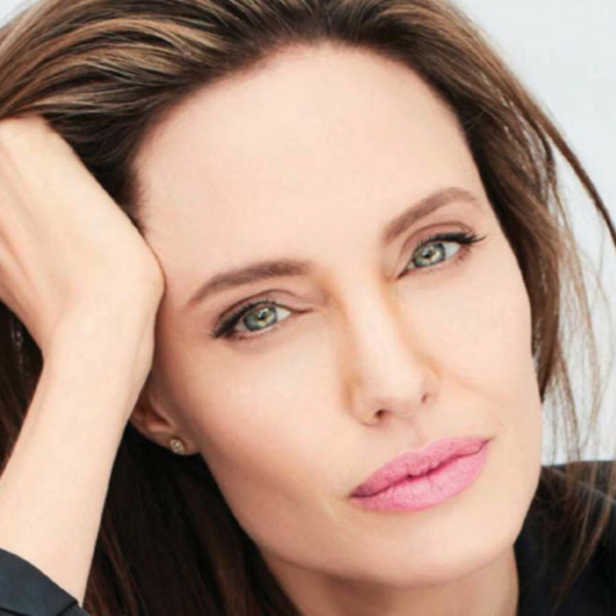 Angelina Jolie pays Tribute to UN Nansen Refugee Awardee Zannah Mustapha