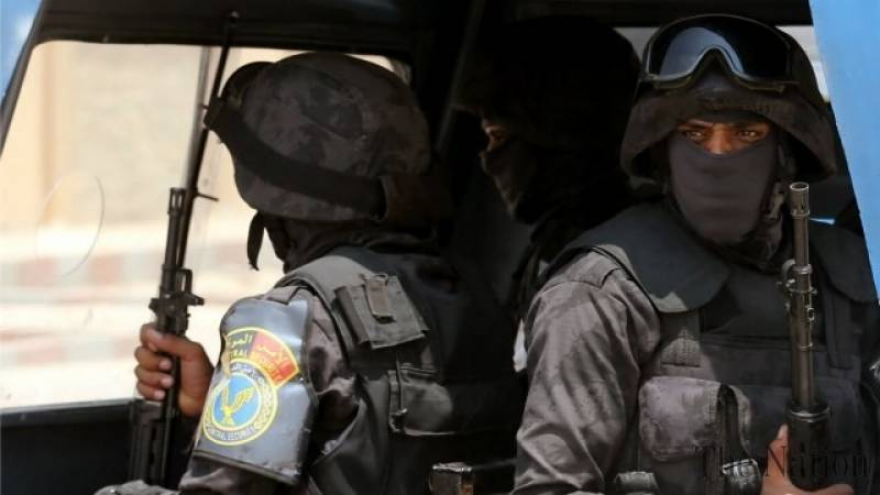 Egyptian police rescue kidnapped officer from militants
