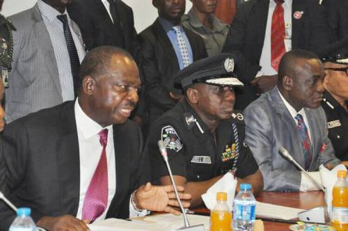 UPDATE : IGP Idris appears before Senate, refuses to speak or take questions