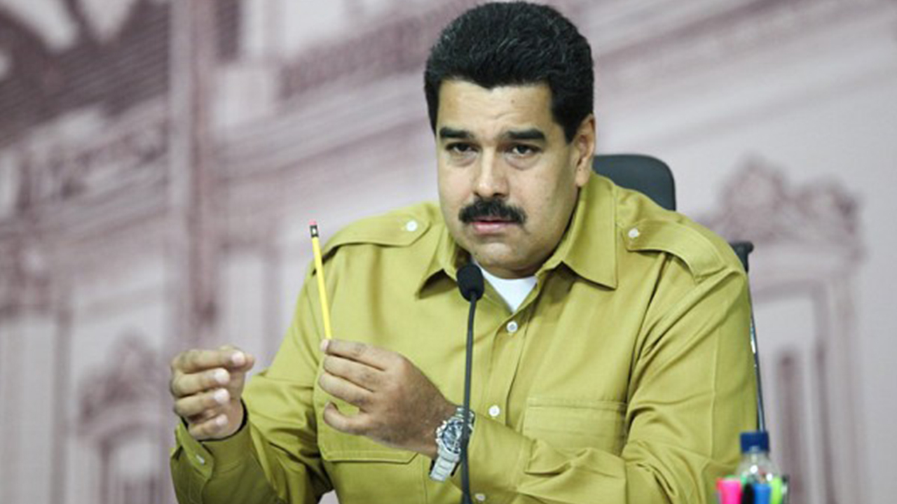 Venezuela's Maduro increases minimum wage by 30 pct