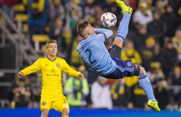 Crew take control of playoff after Callens red card