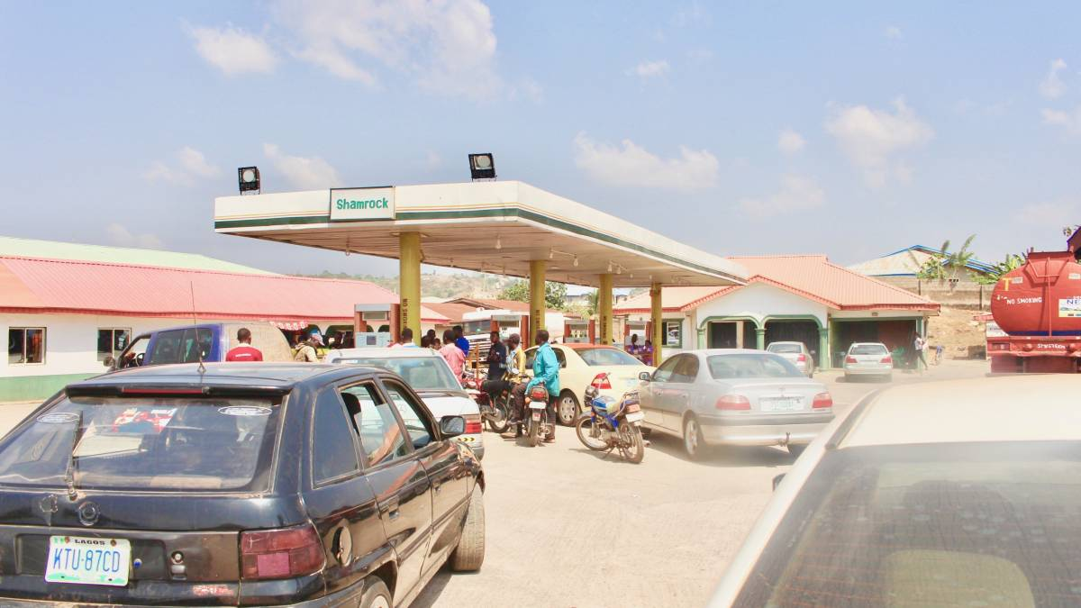 Fuel scarcity bites harder in Akure, Ondo State
