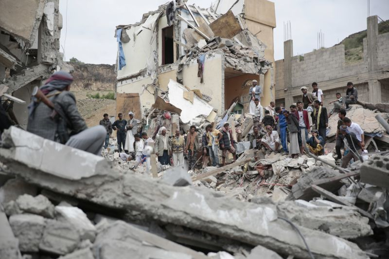 Saudi Airstrike kills 39 people in Sanaa