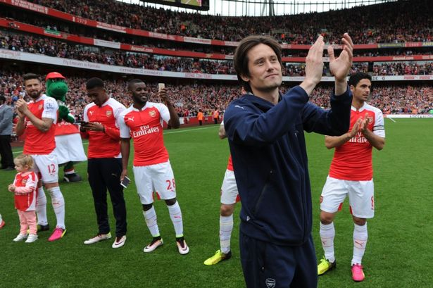 Tomas Rosicky retires from professional football