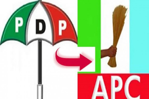 Hundreds of PDP members decamp to APC in Lagos