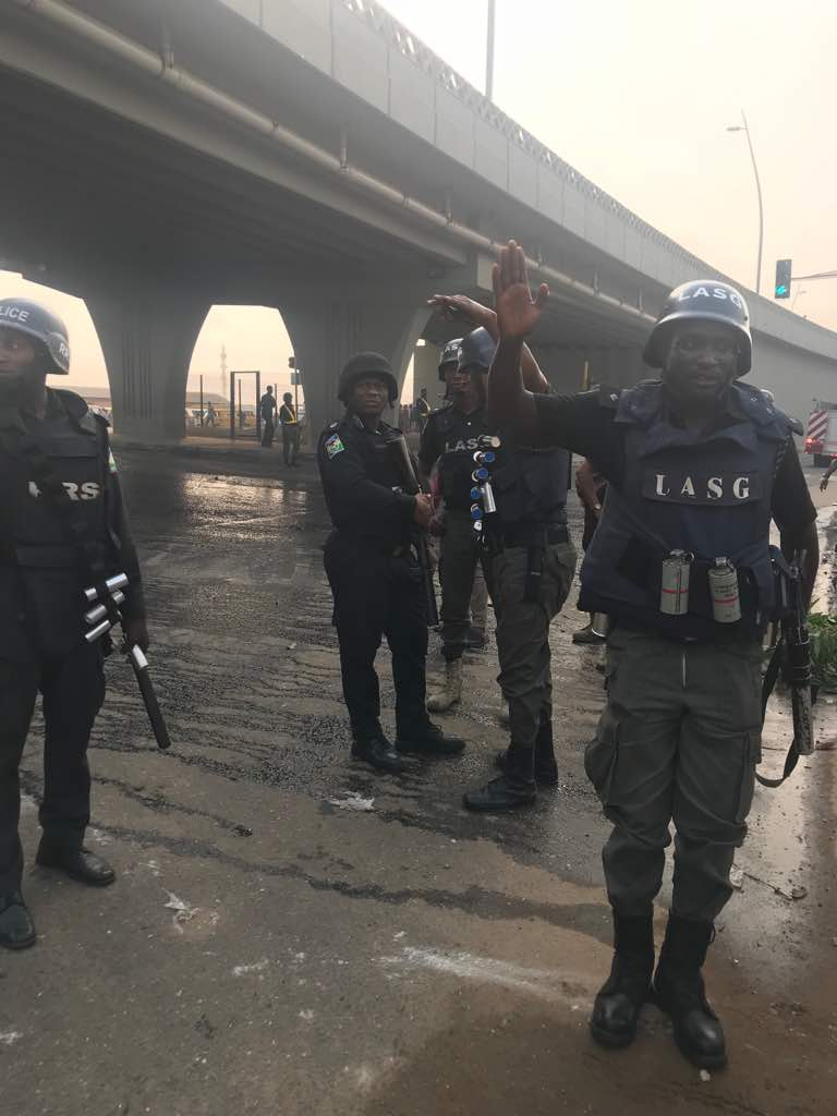 One feared dead as smugglers, customs clash in Lagos