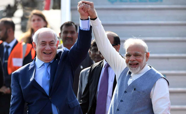 Netanyahu pays maiden visit to India