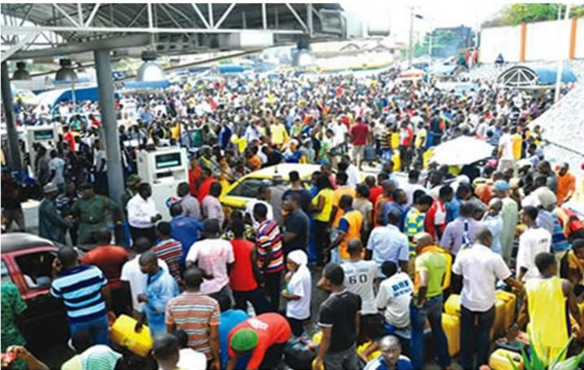 Akure residents groan as fuel scarcity bites harder