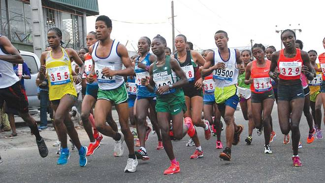 Lagos City Marathon 2018 : Organisers distribute kits to athletes