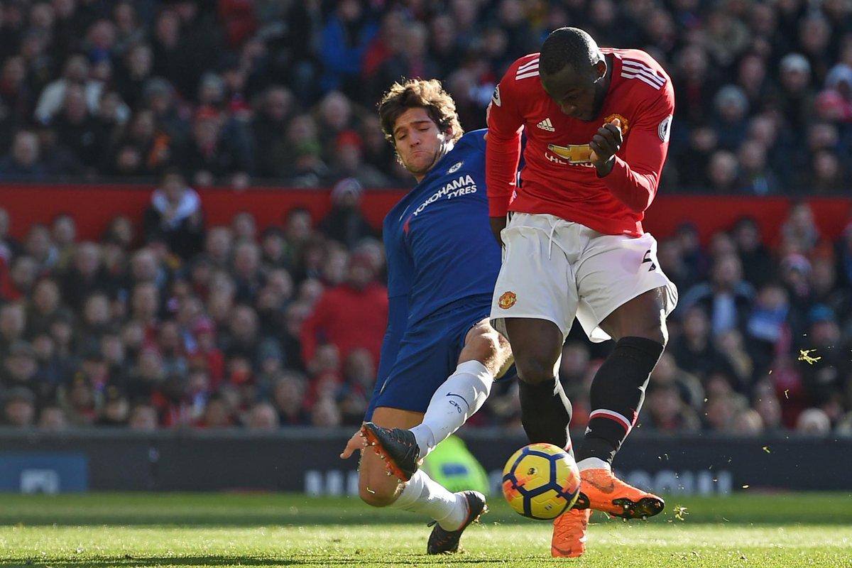 EPL : Lukaku helps Man U pip old club Chelsea 2-1