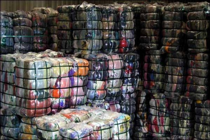 Customs impounds 244 bales of second hand clothing