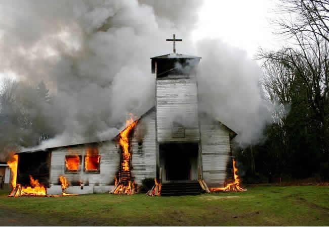 Church, Police station set ablaze as teenage drowns in Kaduna