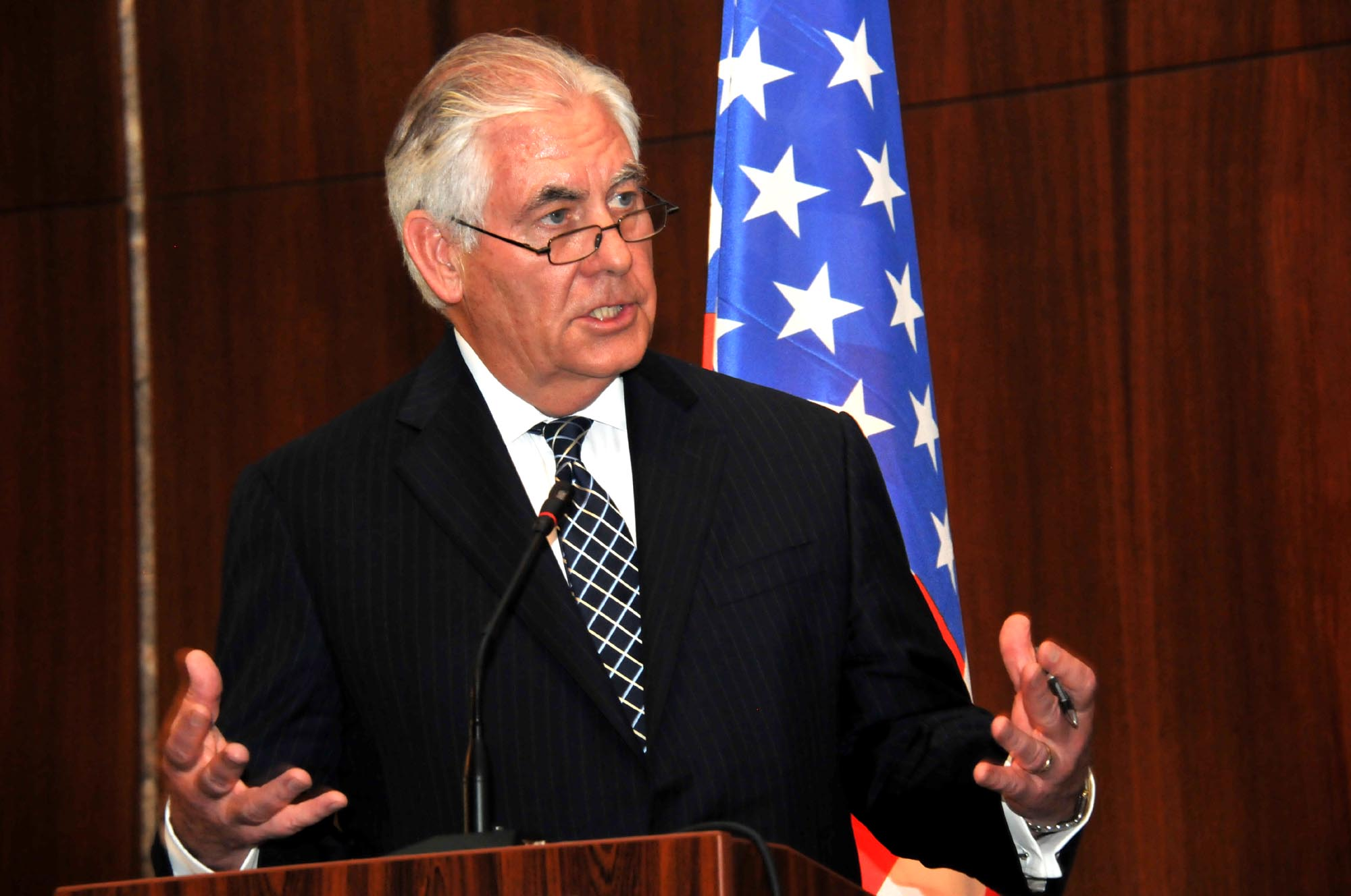 U.S. Secretary of State Tillerson meets Buhari, speaks on #DapchiGirls