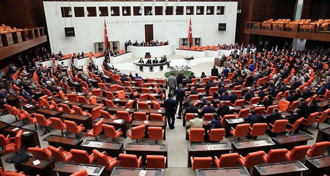 Turkish parliament approves extension of state of emergency
