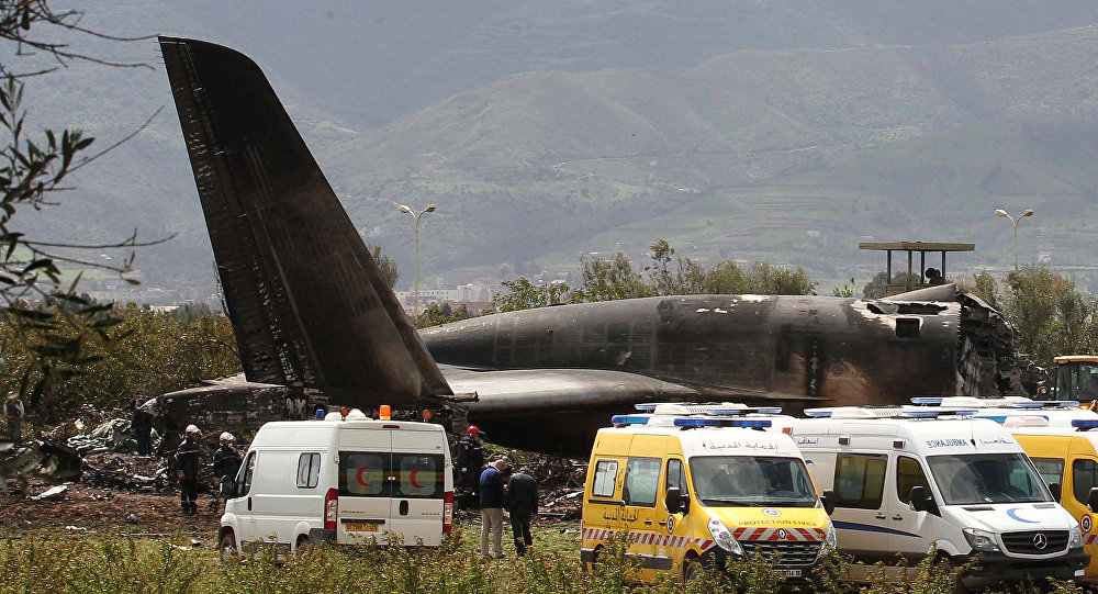 At least 100 killed after military plane crash in Algeria