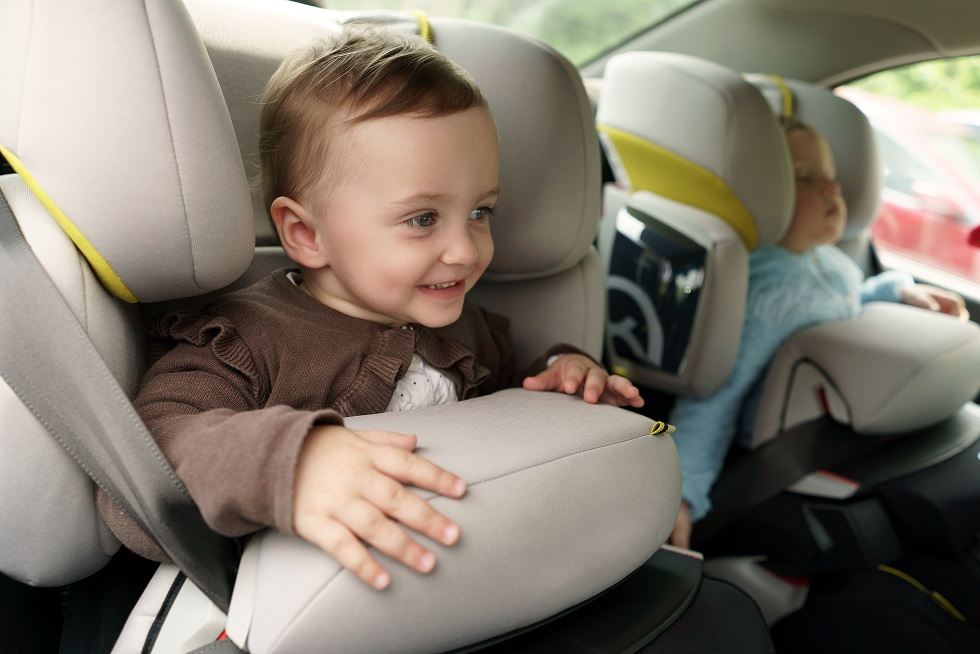 Crash tests confirm safety of rear-facing car seats in rear impact collisions