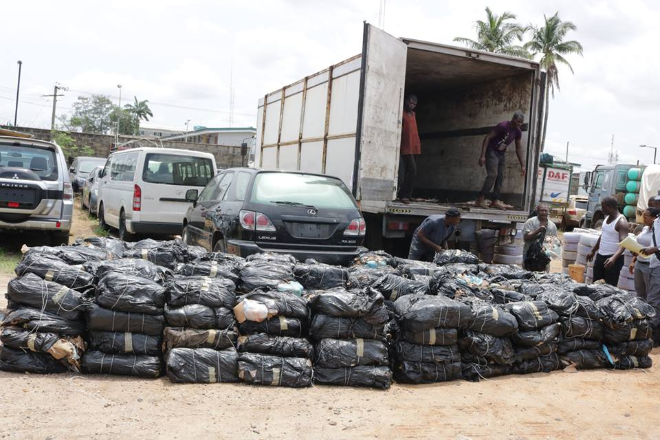 Customs seizes 27 vehicles with smuggled items
