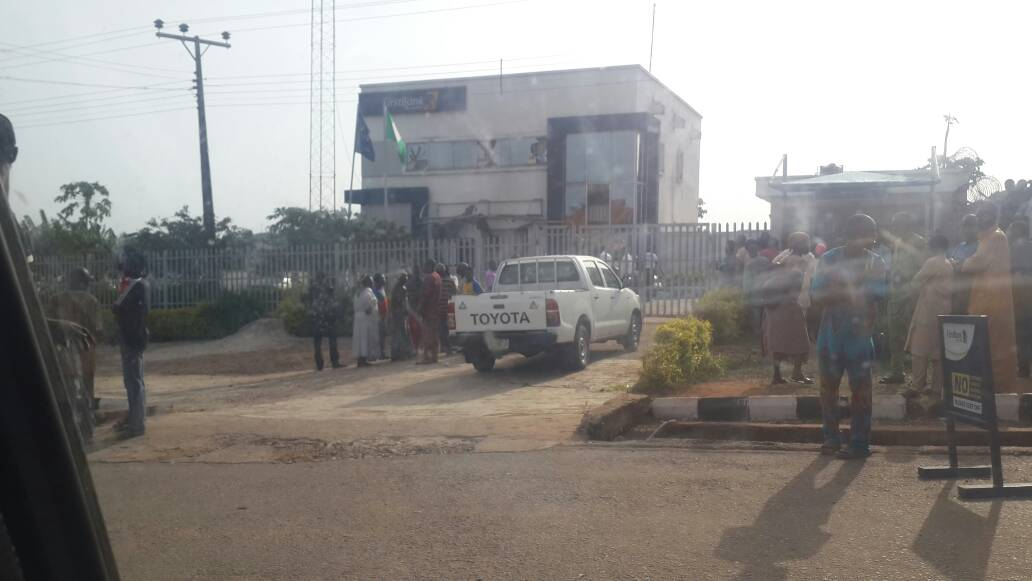 One policeman killed in attack on Bank in Ifaki