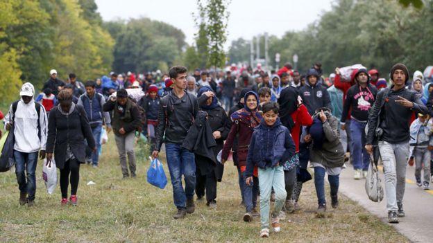 Trump declares DACA 'dead,' urges Congress to act on border