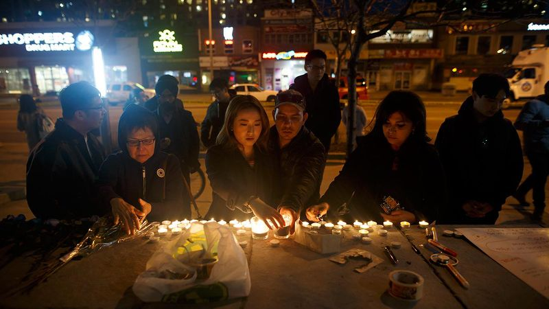 Toronto residents mourn Van attack victims, organise memorial