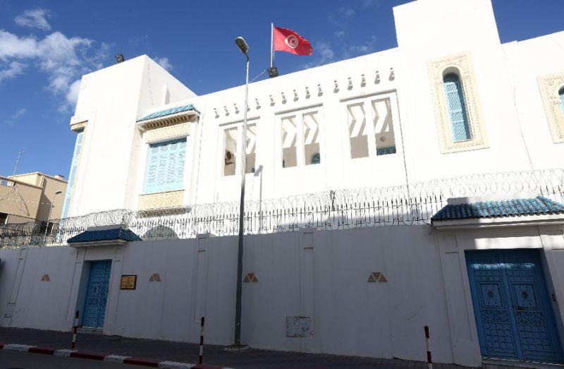 At least six Tunisian police killed in ambush