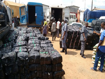 Customs impounds smuggled frozen poultry products in Lagos