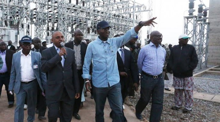 Fashola inaugurates Odongunyan Power plant in Lagos