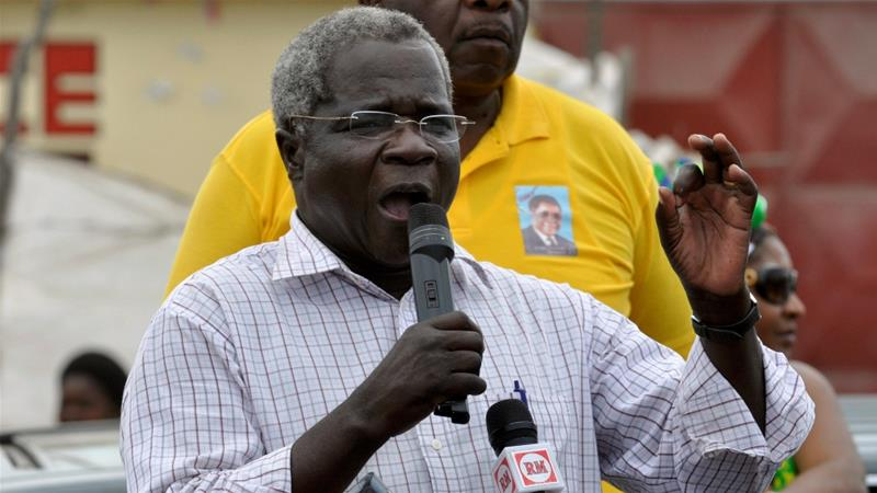 Mozambican opposition leader, Afonso Dhlakama, dies at 65