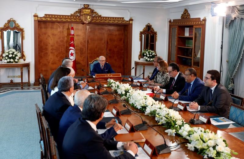 Tunisia ruling coalition fails to agree on cabinet reshuffle, economic reforms
