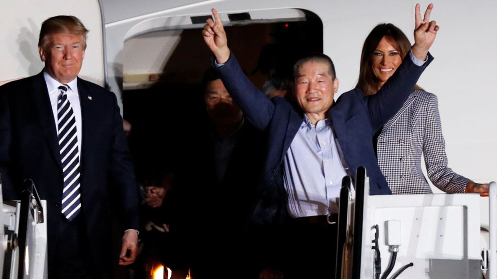 Trump welcomes U.S. prisoners released by North Korea