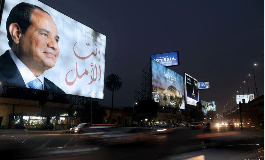 Egypt detains prominent opposition leader, former Sisi supporter