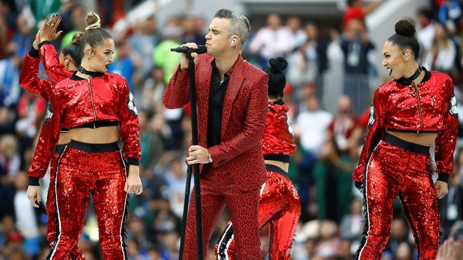 Russia 2018: Robbie Williams stars in opening ceremony
