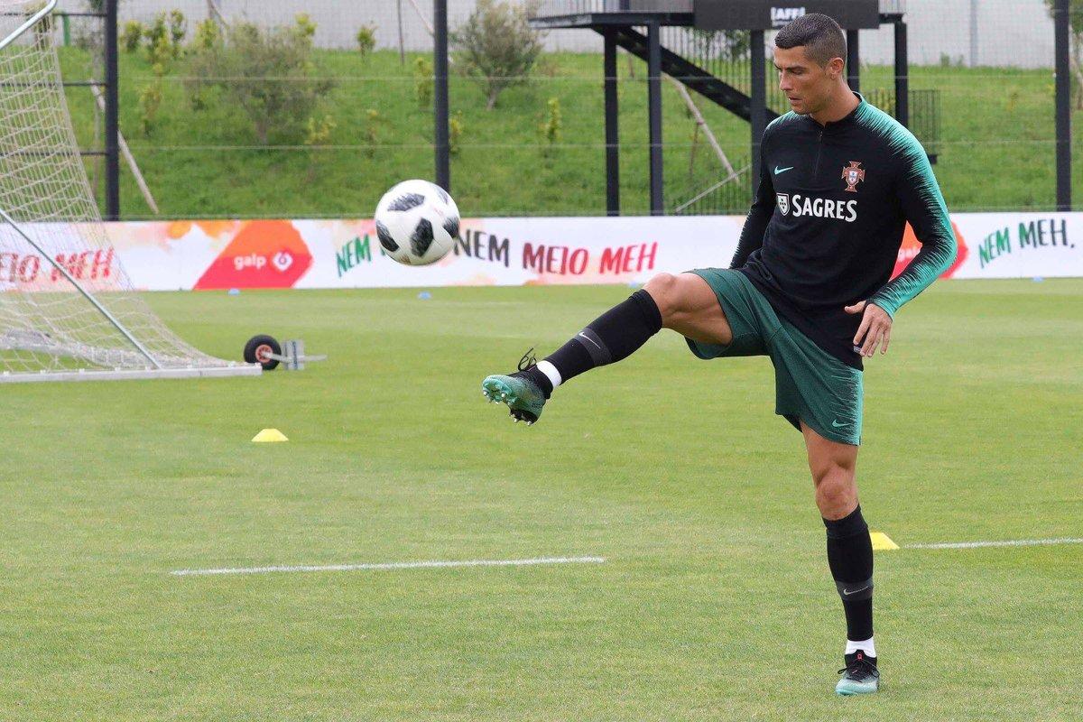 Ronaldo joins Portugal squad ahead of Algeria friendly