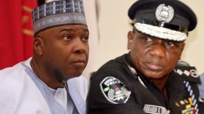 UPDATE: Police besiege Saraki's house as DSS, EFCC storm Ekweremadu's residence