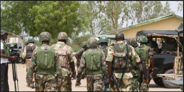 Troops parade suspected Plateau killers